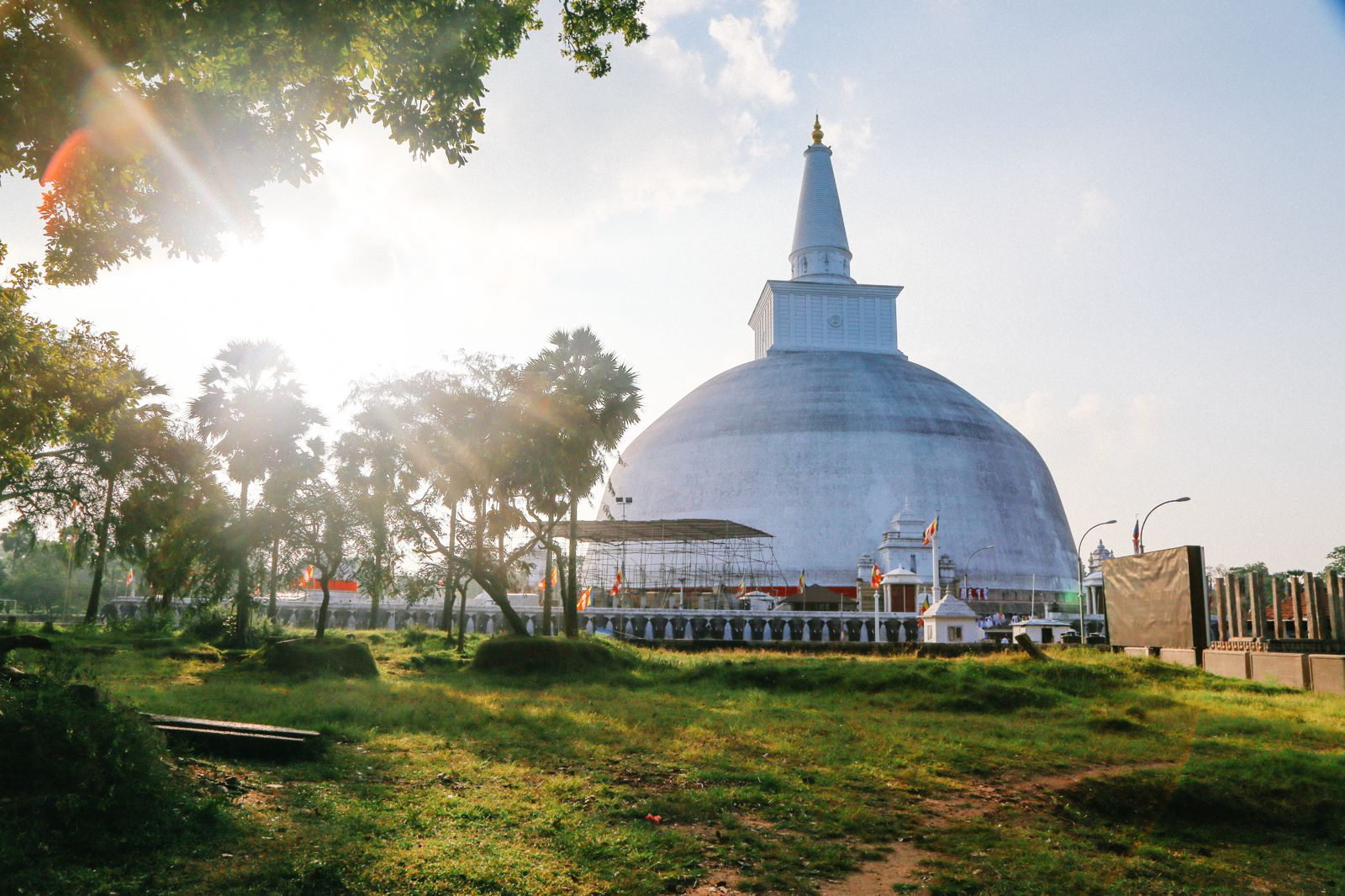 Day 03 - Pinnawala to Anuradhapura