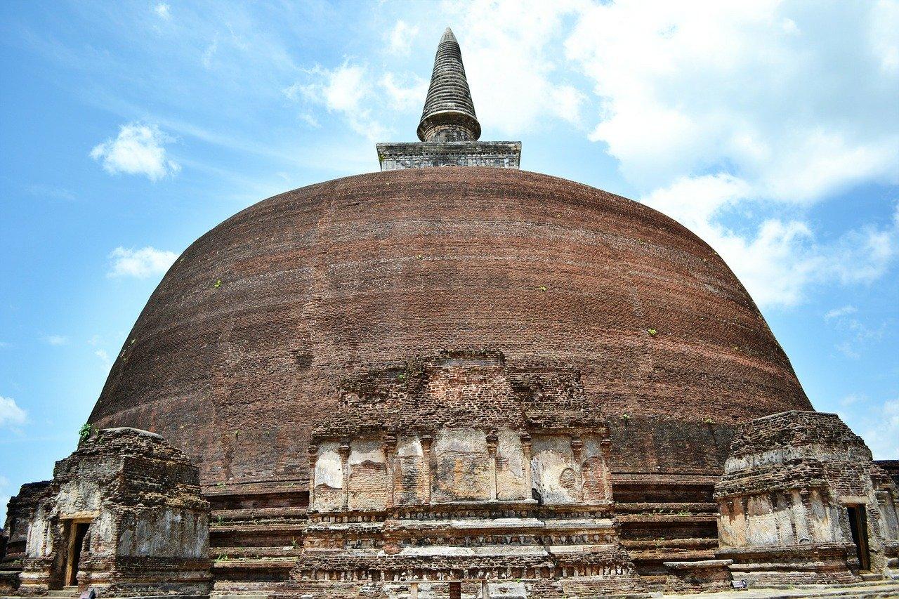 Day 02 - Negombo to Anuradhapura